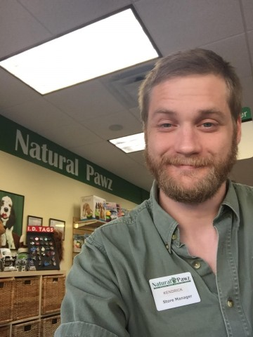 Kendrick Viele (Natural Pawz - River Oaks Manager)