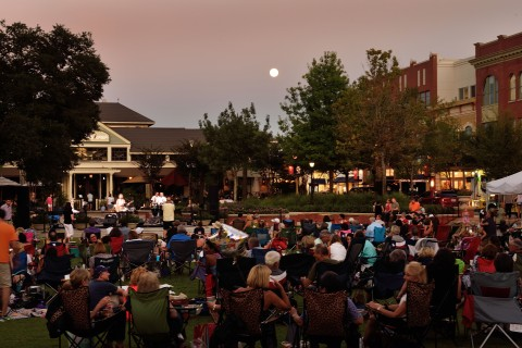 Market Street's popular fall concert series, featuring artists in country, rock and acoustic guitar and more, returns to the shopping, dining and entertainment destination every Thursday, September 7 through October 26, from 6 – 8:30 p.m.